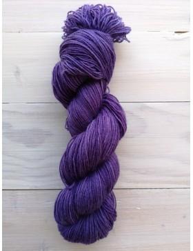 Fil à tricoter mélangé mérinos et nylon, laine teinte à la main